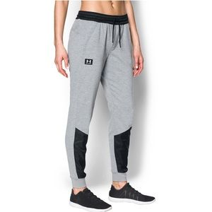 Under Armour Women's Warm Up Jogger Pants Sz XS